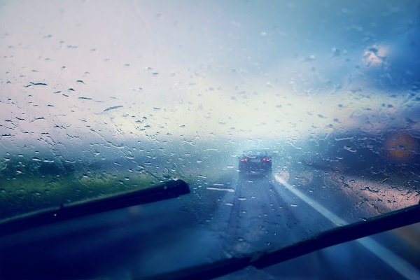 Safety tips for driving in Los Angeles rain